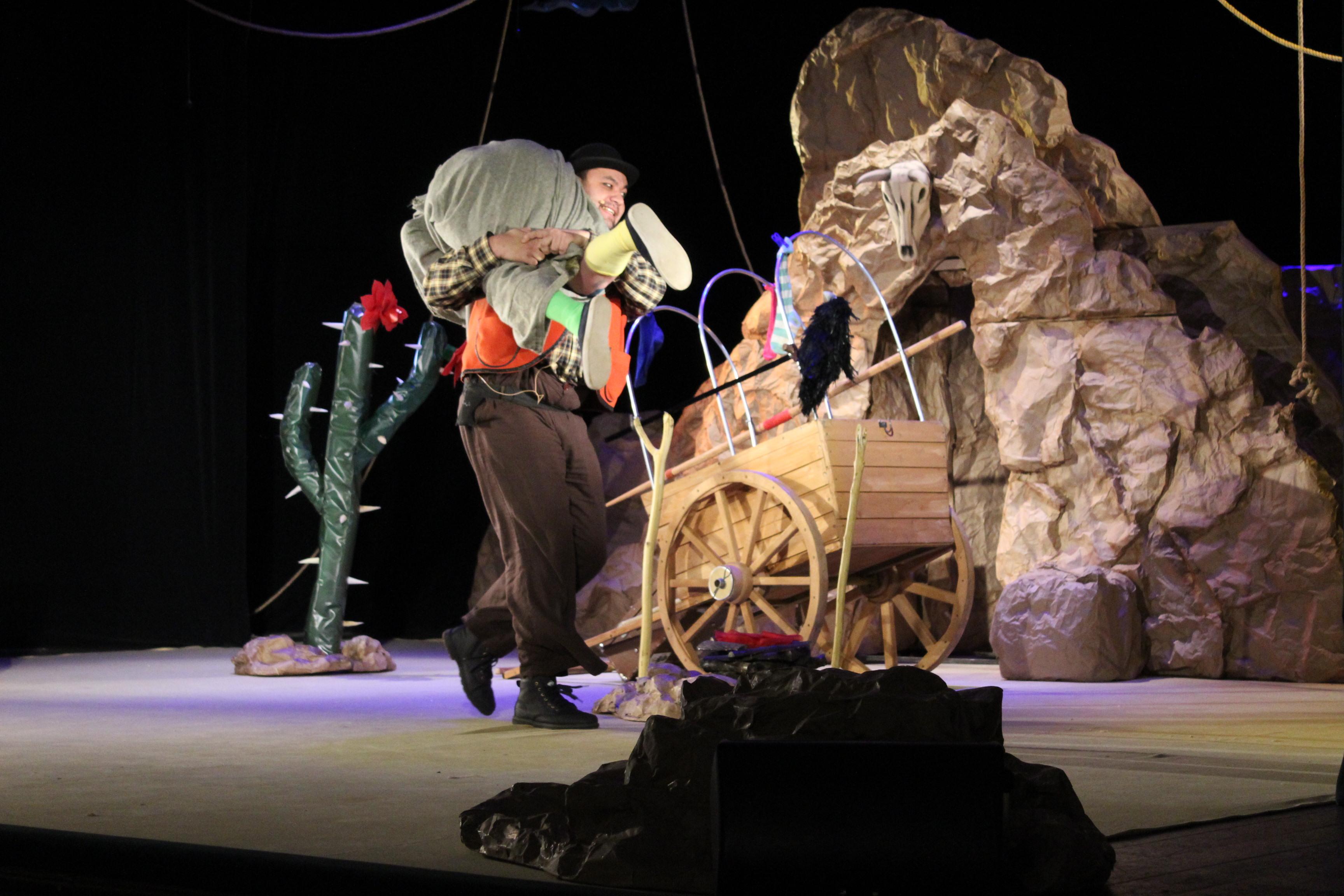 «Вождь краснокожих» (Внимание!!! Спектакль пройдет на сцене ГАУК Брянский областной театр драмы им. А.К. Толстого)